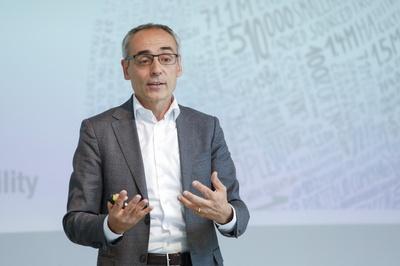Rochus Mommartz, CEO ResponsAbility Investments Zürich.jpg