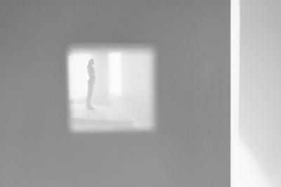 SS 16_Entwurf D_Melanie Seifert_Claudia Baer_ Modelfoto Fenstereinsicht.jpg