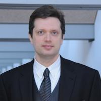 Assistenzprofessor DDr. Patrick Knörzer referiert an der European Insurance Summit 2013 an der Hochschule Luzern in Zug