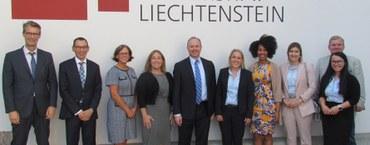 Botschafter und US-Kongressmitarbeiter zu Besuch in Liechtenstein:  Arbeitssitzung zum Thema Blockchain
