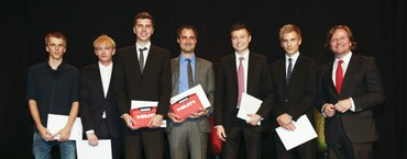 Diplomfeier mit Auszeichnungen
