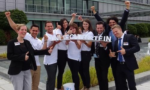2016_Sieger bei der Accenture Campus Challenge_edited.jpeg
