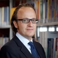 Prof. Schurr als Richter vereidigt