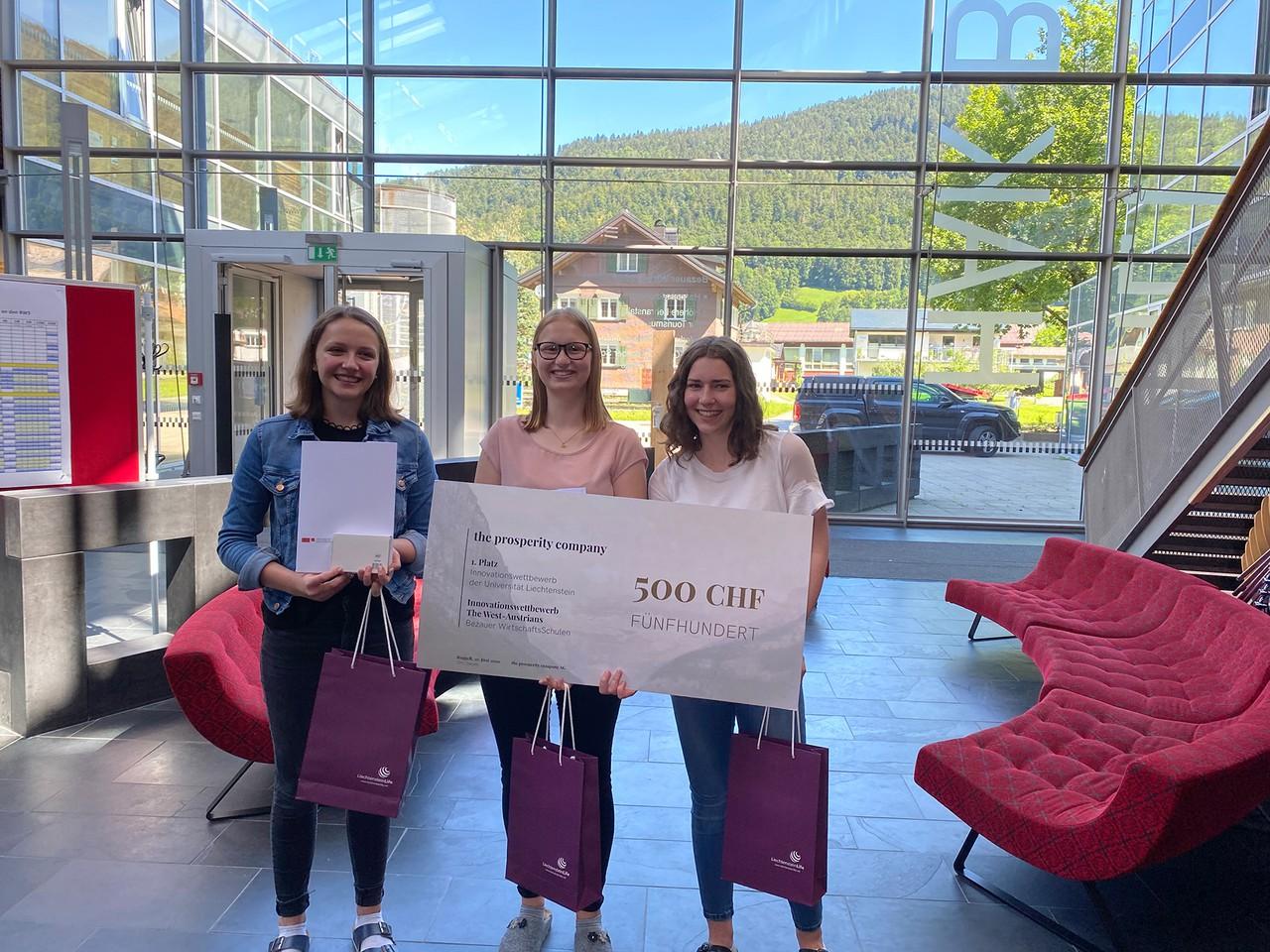 auf Platz 1 des Innovationswettbewerbs für Schülerinnen und Schüler: The West-Austrians der BWS Bezau.