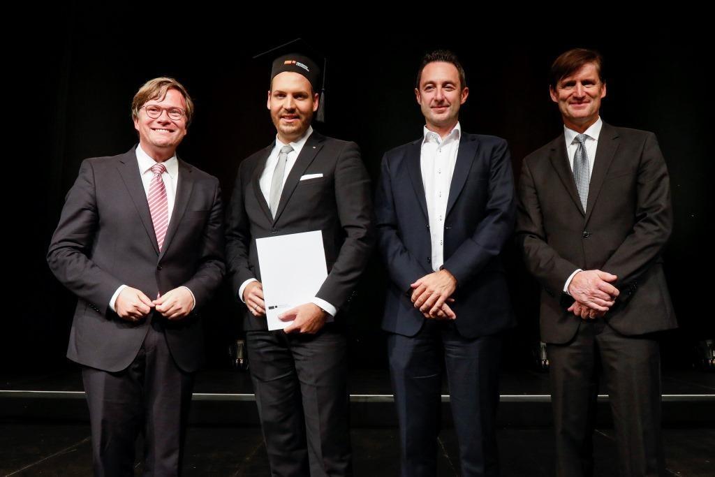 UNI-Diplomfeier_Felix Schüssler_Doktorand_web.jpg