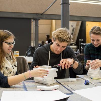 Architektur Student-for-a-Day_Okt 2015_Universität Liechtenstein 3.jpg