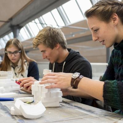 Architektur Student-for-a-Day_Okt 2015_Universität Liechtenstein 4.jpg